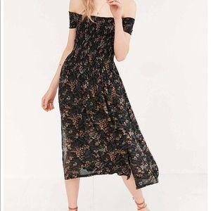 Like new off the shoulder dress